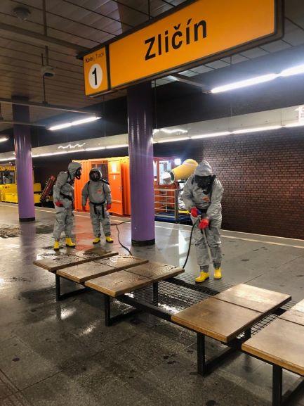 Dopravní podnik města Prahy cvičil dekontaminaci stanice metra Zličín