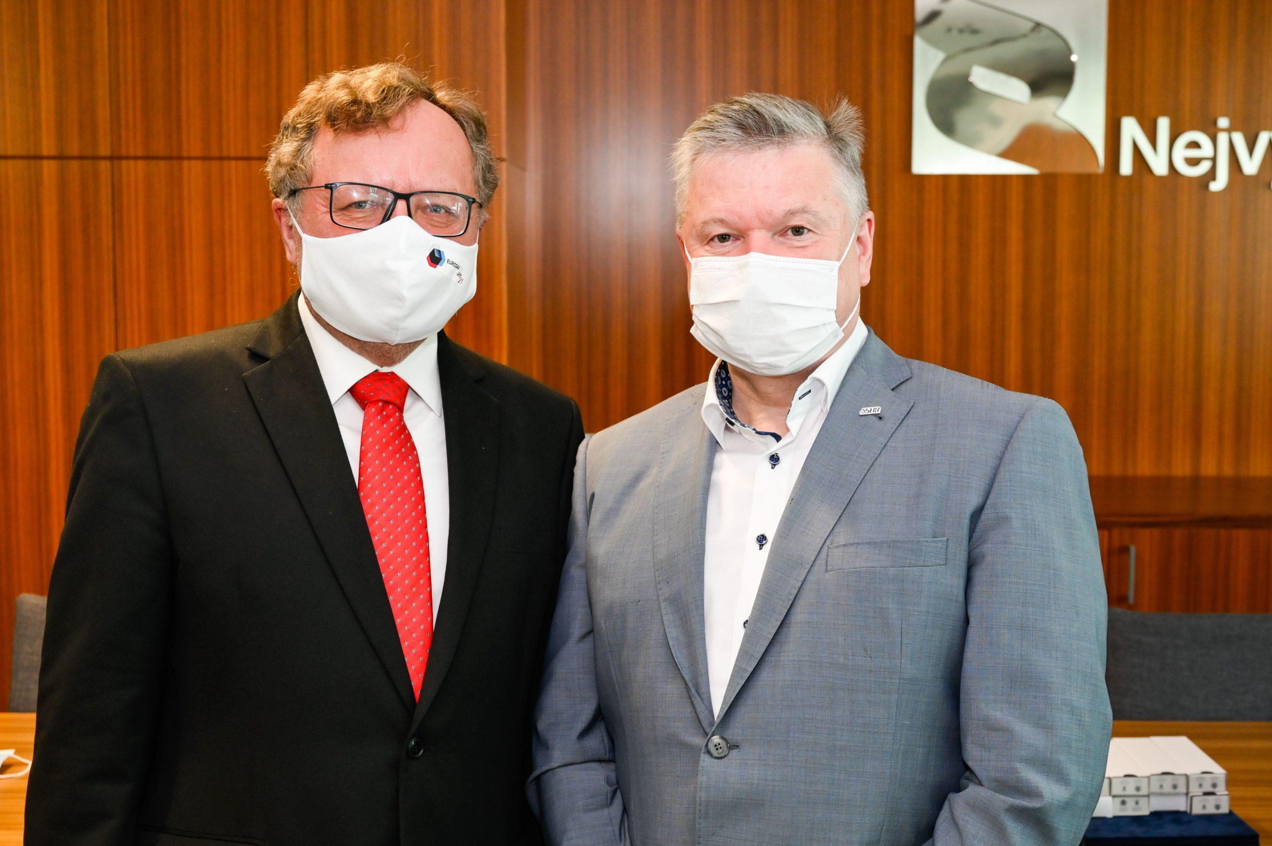 Předseda SSHR Pavel Švagr poděkoval pracovníkům NKÚ za pomoc během krize